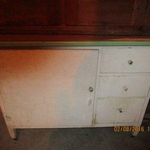 Cabinet022